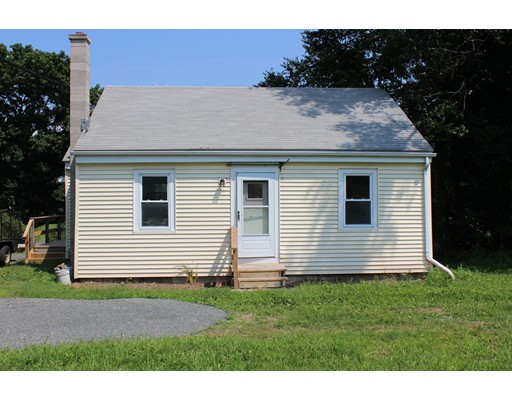 7 Fairview Lane, Greenfield, MA 01301