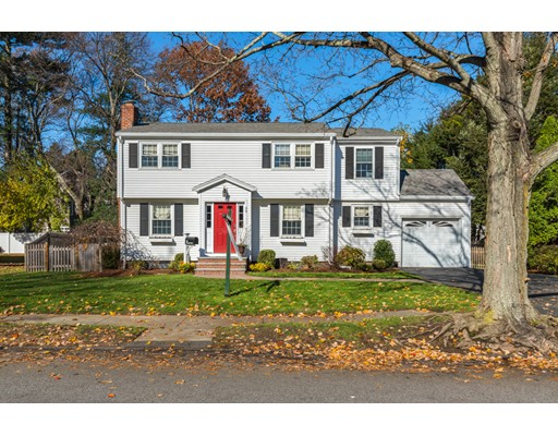 Picture 11 of 29 Wescroft Rd  Reading Ma 3 Bedroom Single Family