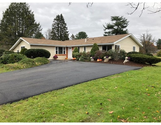 Picture 3 of 39 Cabot Rd  Danvers Ma 4 Bedroom Single Family