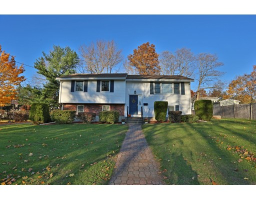 Picture 1 of 13 Elaine Rd  Stoneham Ma  4 Bedroom Single Family