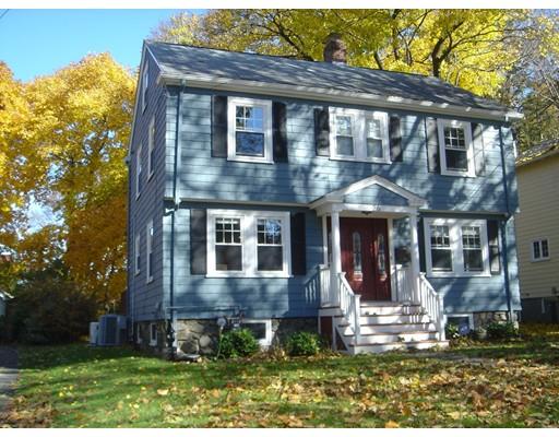Picture 2 of 26 Farmcrest Ave  Lexington Ma 3 Bedroom Single Family
