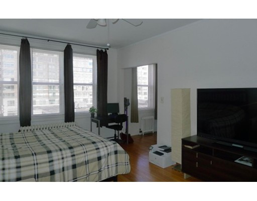 125 Peterborough, Boston, MA 02215