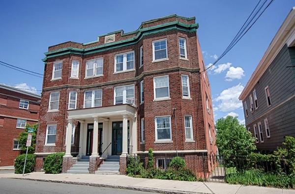 112 Bellingham St Unit 2, Chelsea, Massachusetts