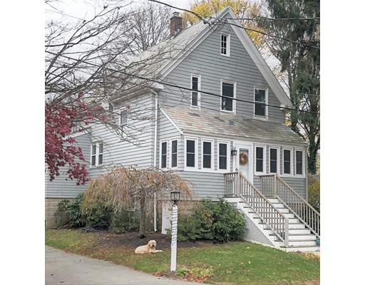 Cottage Place, Milton, MA 02186