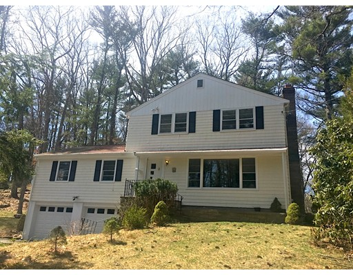 15 Cross Street, Medfield, MA 02052