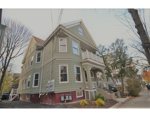 Willow Ave, Somerville, MA 02144