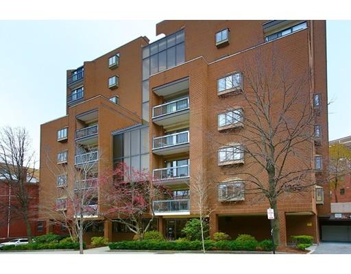 1265 Beacon Street Unit 604, Brookline, Massachusetts