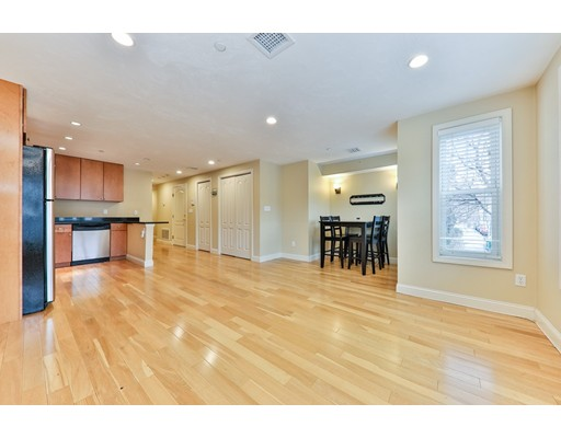 24 Bremen St, Boston, MA 02128