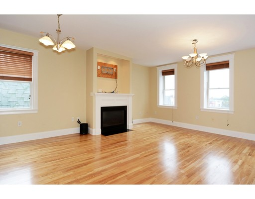 454 E. 8th St, Boston, MA 02127