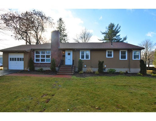 Picture 1 of 19 Greenview Rd  Stoneham Ma  3 Bedroom Single Family#