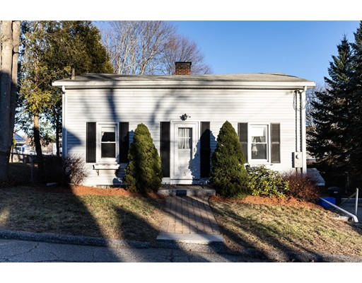 Picture 2 of 5 Oak St  Woburn Ma 2 Bedroom Single Family