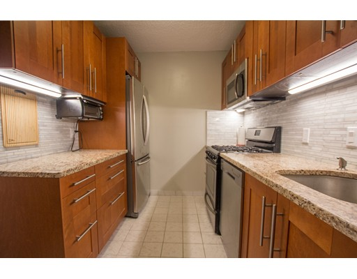 Picture 2 of 99 Pond Ave Unit 314 Brookline Ma 1 Bedroom Condo