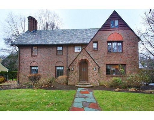 Picture 2 of 11 Willow Crescent  Brookline Ma 4 Bedroom Single Family
