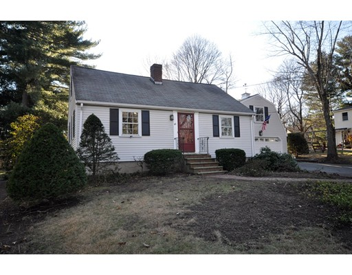 Picture 5 of 46 Middle St  Lexington Ma 4 Bedroom Single Family
