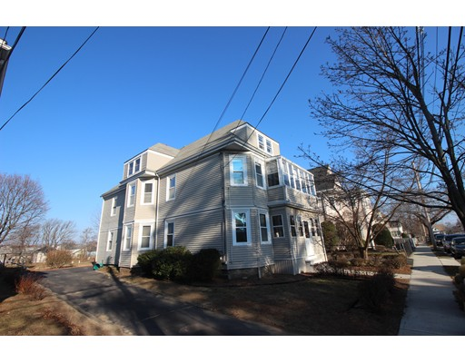 Glover Ave, Quincy, MA 02171