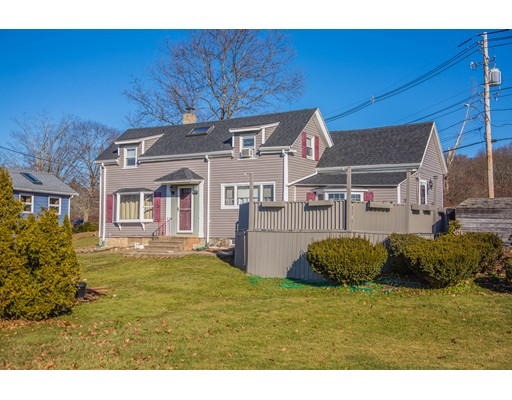 Photo: 116 Elliott St, Danvers, MA