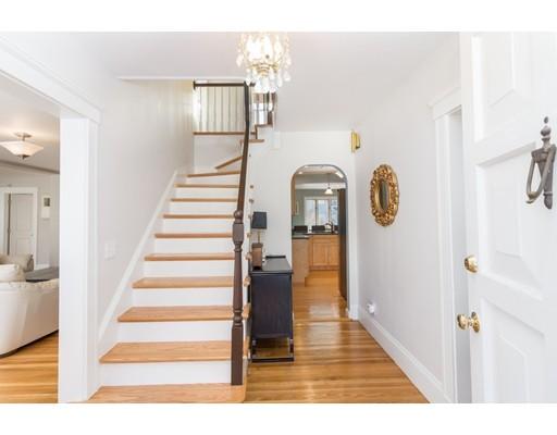 46 Cerdan Ave, Boston, MA 02132