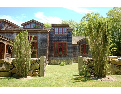 114 Middle Rd - Chilmark, MA