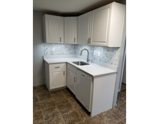 Picture 4 of 102 Hooper Rd Unit 102 Dedham Ma 2 Bedroom Condo