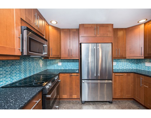 Picture 13 of 1 Donegal Circle  Danvers Ma 3 Bedroom Single Family