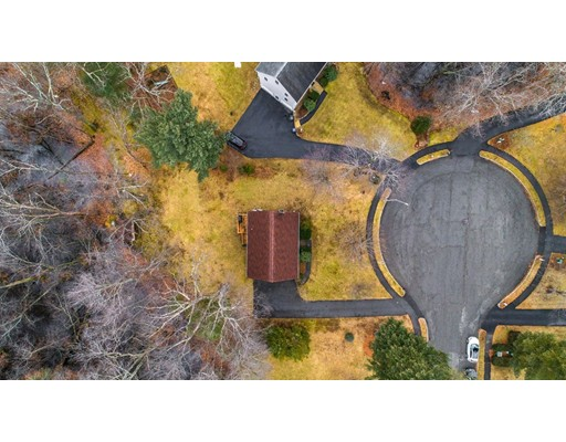 Picture 2 of 6 Gatehouse Lane  Wilmington Ma 4 Bedroom Single Family