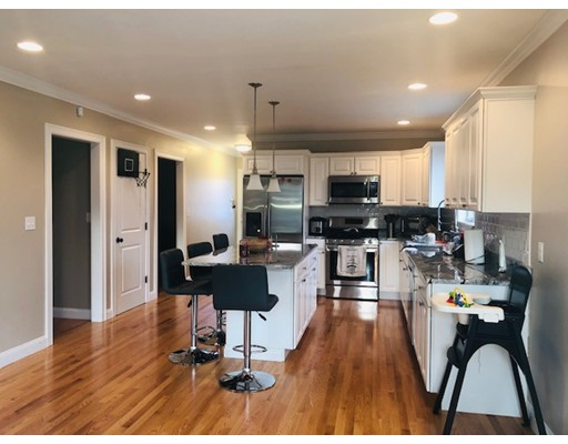 Picture 2 of 104 Summit St  Peabody Ma 5 Bedroom Single Family