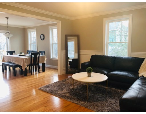 Picture 5 of 104 Summit St  Peabody Ma 5 Bedroom Single Family