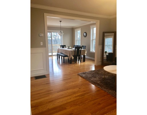 Picture 6 of 104 Summit St  Peabody Ma 5 Bedroom Single Family