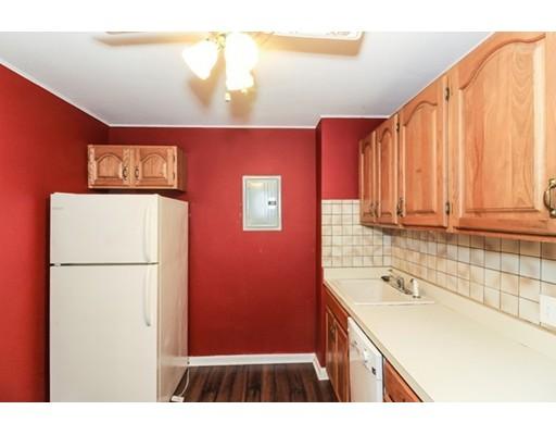 Picture 4 of 10 Linda Ln Unit 3-1 Boston Ma 2 Bedroom Condo