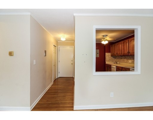Picture 8 of 10 Linda Ln Unit 3-1 Boston Ma 2 Bedroom Condo