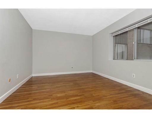 Picture 5 of 116 Bradlee St Unit 8 Boston Ma 2 Bedroom Condo