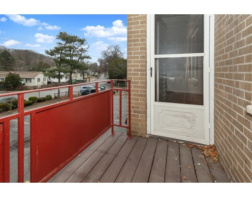 Picture 7 of 116 Bradlee St Unit 8 Boston Ma 2 Bedroom Condo