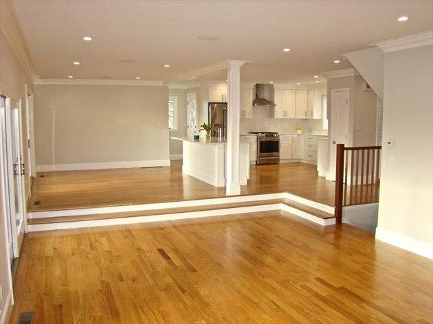 Picture 2 of 84 Knollwood Rd  Quincy Ma 4 Bedroom Single Family