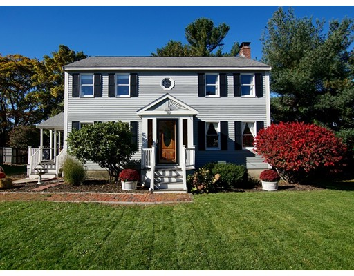 Picture 5 of 10 Riverview Dr  Newburyport Ma 4 Bedroom Single Family