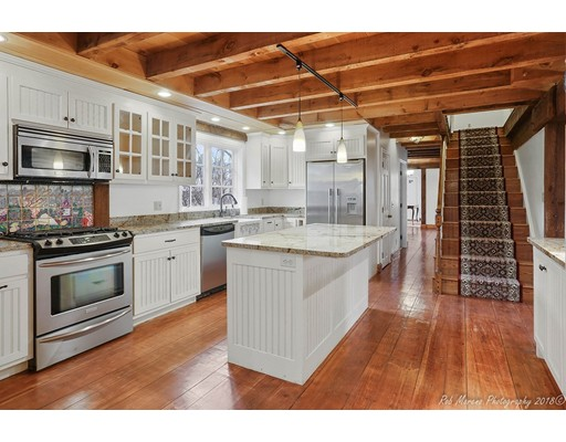 Picture 2 of 7 Mount Locust Ave  Rockport Ma 5 Bedroom Single Family