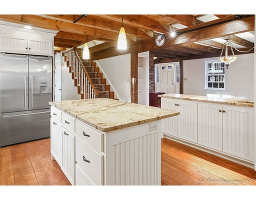 Picture 4 of 7 Mount Locust Ave  Rockport Ma 5 Bedroom Single Family