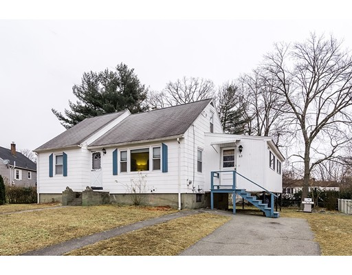 Picture 2 of 63 Harold Ave  Dracut Ma 3 Bedroom Single Family