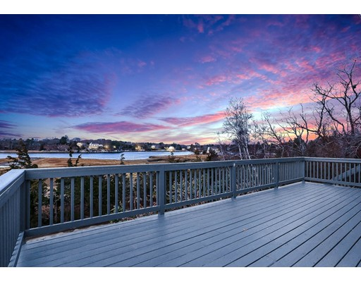 Picture 5 of 15 Perrywinkle Ln  Gloucester Ma 2 Bedroom Single Family