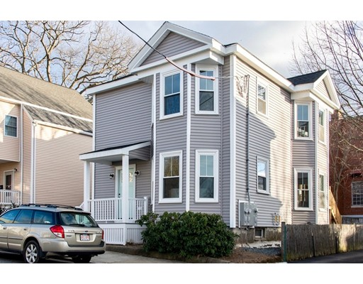 Picture 2 of 8 Chestnut St Unit 2 Beverly Ma 3 Bedroom Condo