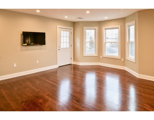 Picture 5 of 8 Chestnut St Unit 2 Beverly Ma 3 Bedroom Condo