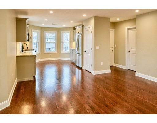 Picture 7 of 8 Chestnut St Unit 2 Beverly Ma 3 Bedroom Condo