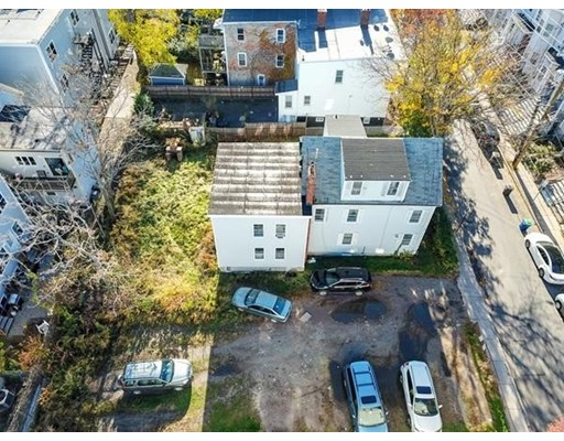 Picture 6 of 24-28 Mt Pleasant  Somerville Ma 16 Bedroom Multi-family