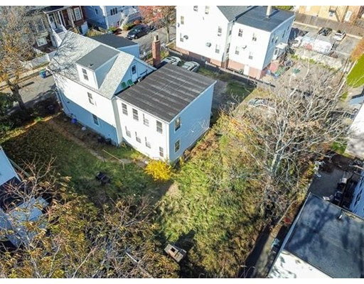 Picture 11 of 24-28 Mt Pleasant  Somerville Ma 16 Bedroom Multi-family