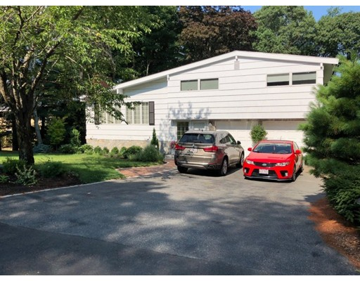 Picture 2 of 16 Russell Rd  Lexington Ma 3 Bedroom Single Family
