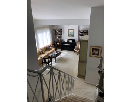 Picture 3 of 16 Russell Rd  Lexington Ma 3 Bedroom Single Family