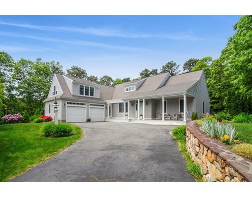 10 Harbor Ridge Rd, Mashpee, Massachusetts