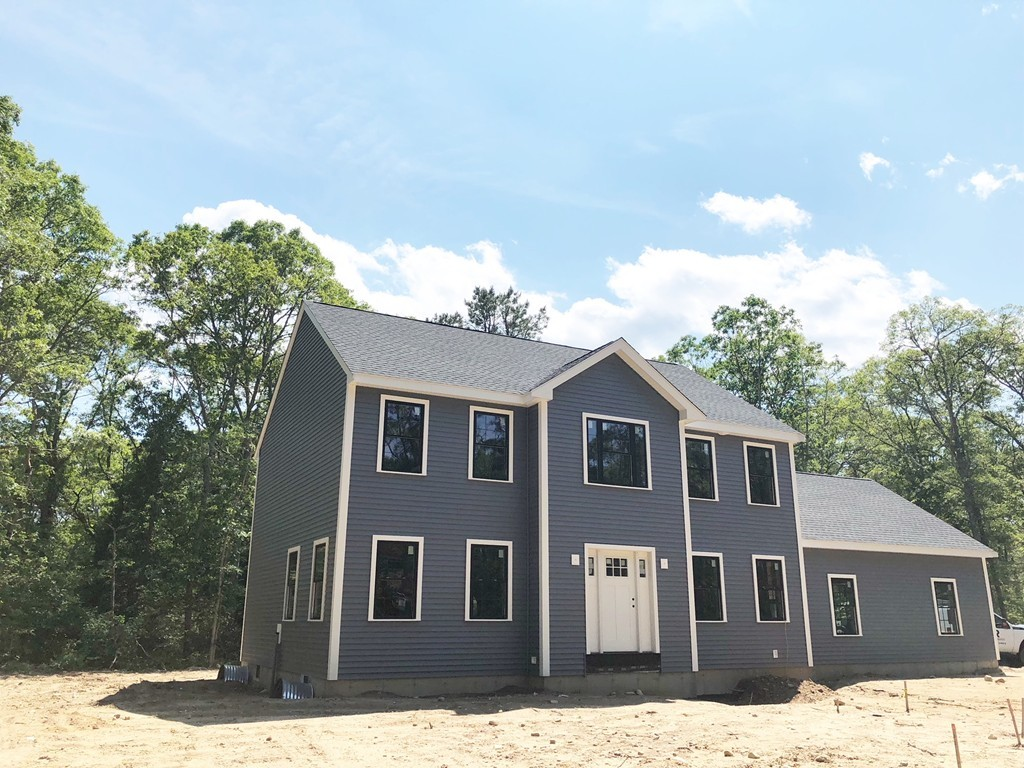 203 Farmersville Road, Sandwich, Massachusetts