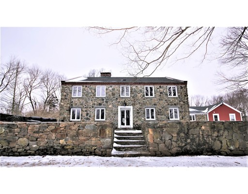 Photo: 4 Stone House Dr, Plainfield, CT