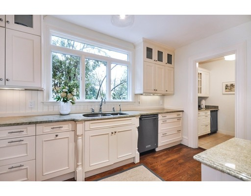 Picture 10 of 77 Wood St  Concord Ma 7 Bedroom Single Family