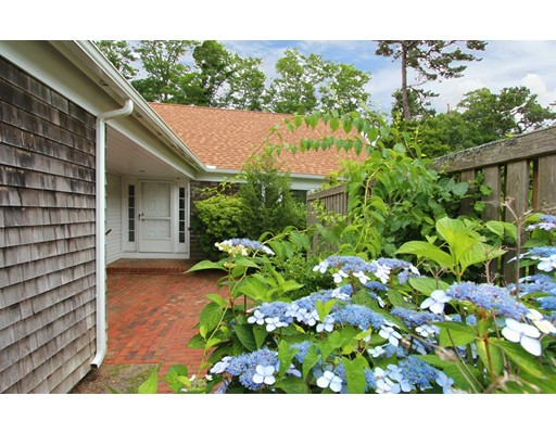 25 Cockle Way, Brewster, MA 02631